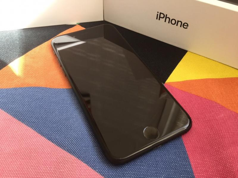 Фото iPhone 7 32GB Black б/у